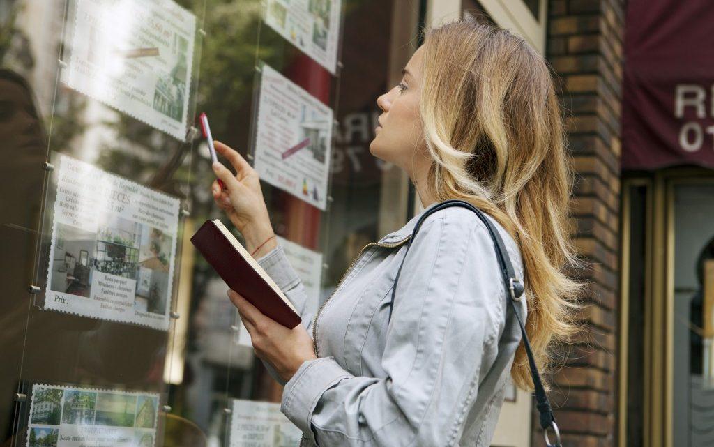 Pourquoi faire appel à une agence immobilière pour vendre sa maison rapidement ?